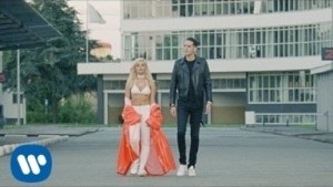 Video: Bebe Rexha - F.F.F. (Fuck Fake Friends) (feat. G-Eazy)